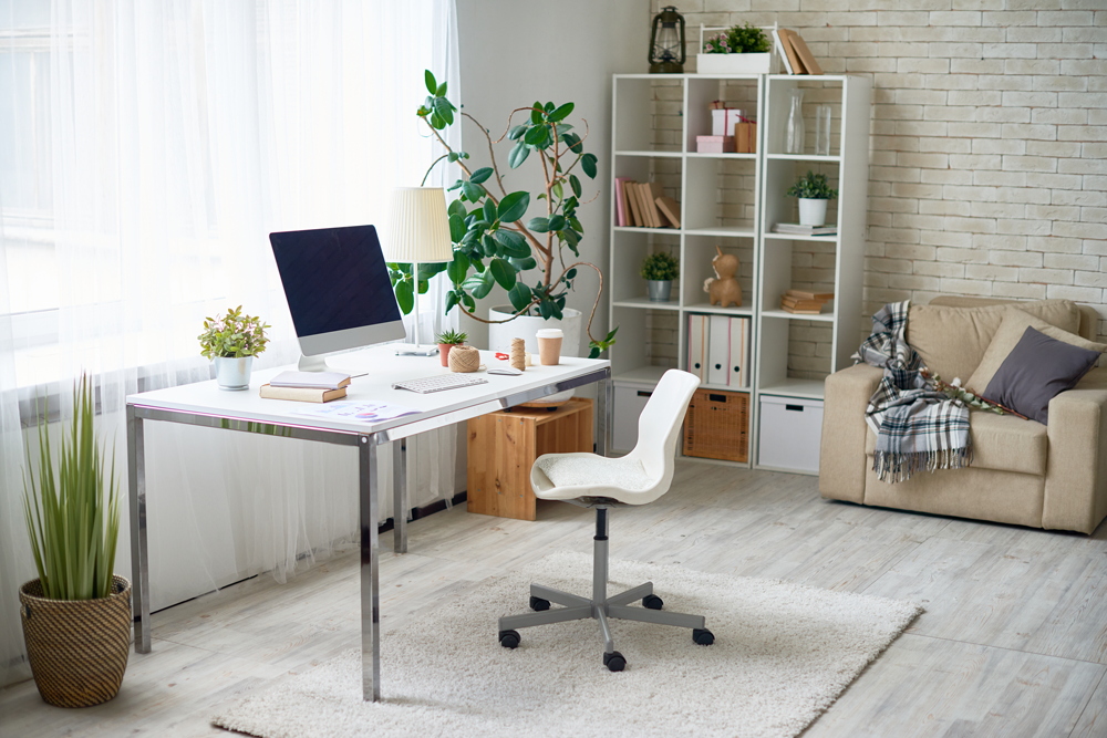 clean home workspace