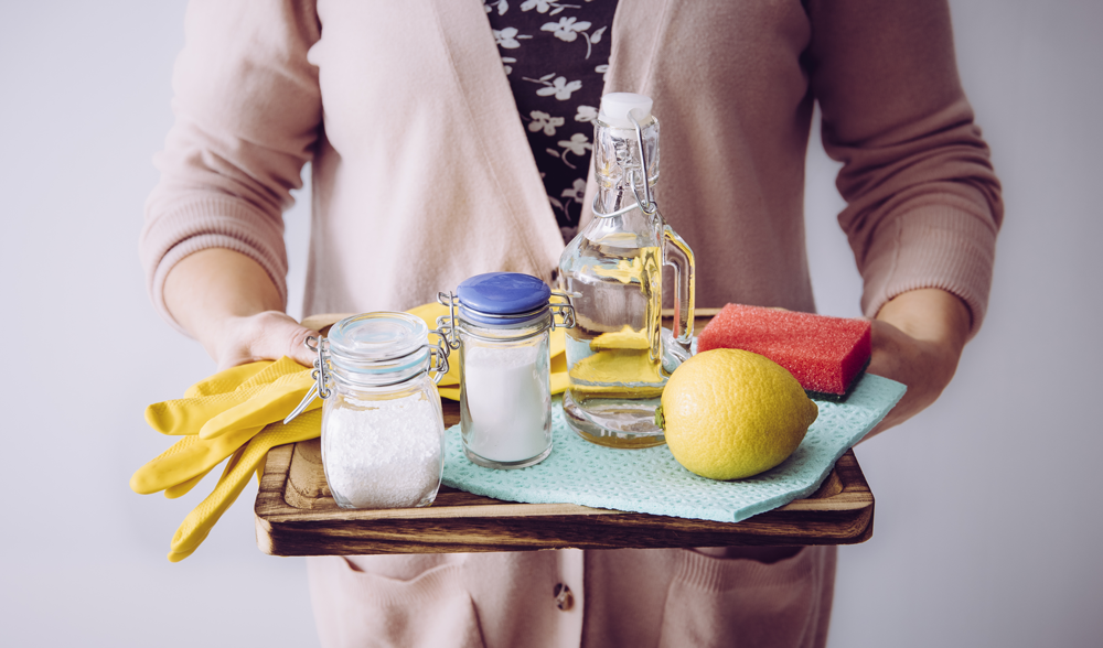 7 DIY natural cleaners for your home